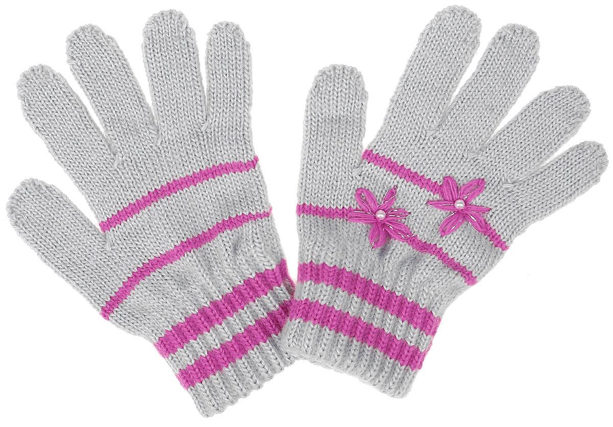 Gloria-22Уютные перчатки для девочки Margot Bis Gloria идеально подойдут для прогулок в прохладное время года. Изготовленные из высококачественного акрила, очень мягкие и приятные на ощупь и хорошо сохраняют тепло. Стильные перчатки оформлены контрастными полосками и украшены небольшими вышитыми цветочками с бусинками. Верх модели на мягкой резинке, которая не стягивает запястья и надежно фиксирует перчатки на ручках ребенка.
