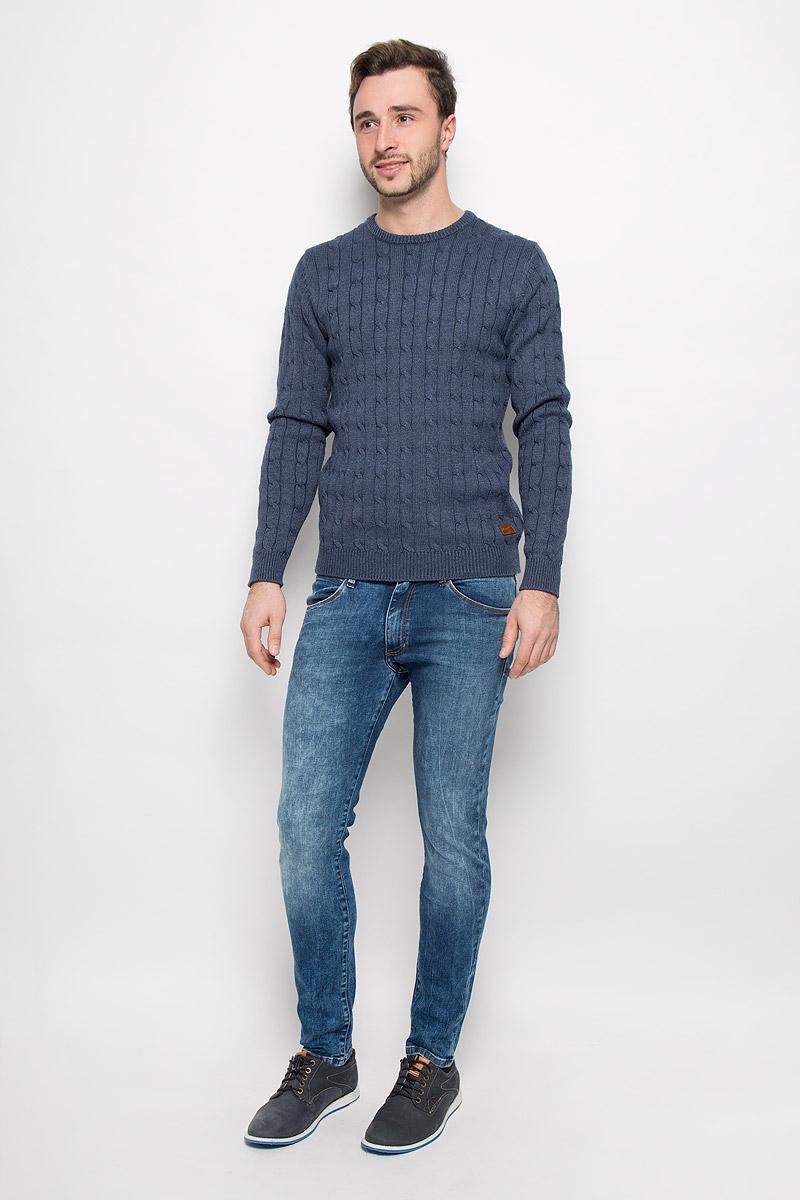 ДжинсыW14XX783UСтильные мужские джинсы Wrangler высочайшего качества на каждый день, которые прекрасно сидят. Джинсы-скинни стандартной посадки изготовлены из плотного высококачественного материала. Застегиваются джинсы на пуговицу в поясе и ширинку на застежке-молнии, имеются шлевки для ремня. Спереди модель оформлены двумя втачными карманами и одним небольшим секретным кармашком, а сзади - двумя накладными карманами. Эти модные и в тоже время комфортные джинсы послужат отличным дополнением к вашему гардеробу. В них вы всегда будете чувствовать себя уютно и комфортно.