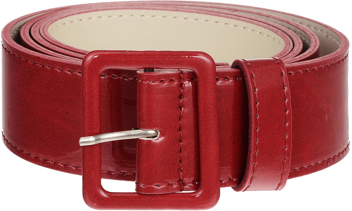 Ремень2214-5/40Стильный широкий ремень Vittorio Richi выполнен из высококачественной лаковой экокожи. Пряжка, оформленная накладкой из экокожи, позволит легко и быстро зафиксировать ремень и отрегулировать его длину. Уважаемые клиенты! Обращаем ваше внимание на тот факт, что размер ремня, доступный для заказа, является его длиной.