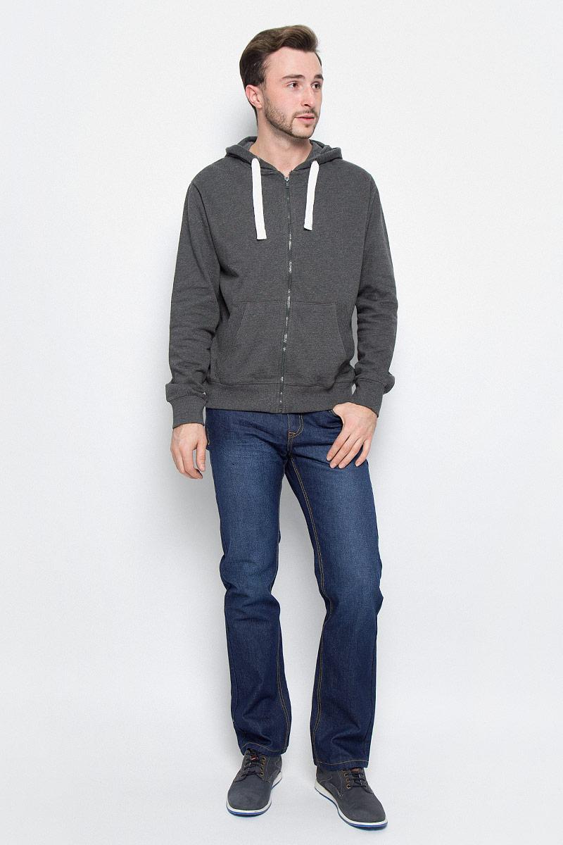 PJ-235/1063-6425Мужские джинсы Sela Denim выполнены из высококачественного эластичного хлопка. Джинсы прямого кроя и стандартной посадки застегиваются на пуговицу в поясе и ширинку на застежке-молнии, дополнены шлевками для ремня. Джинсы имеют классический пятикарманный крой: спереди модель дополнена двумя втачными карманами и одним маленьким накладным кармашком, а сзади - двумя накладными карманами. Джинсы украшены декоративными потертостями.