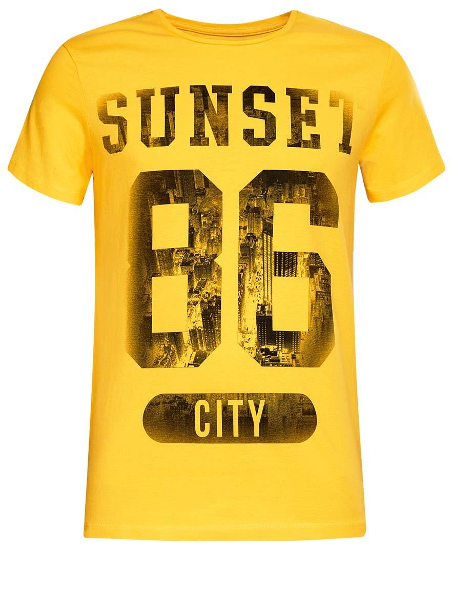 5B621002I/44135N/51BGPМужская футболка oodji Basic изготовлена из высококачественного натурального хлопка. Модель с короткими рукавами и круглым вырезом горловины украшена принтом с надписью Sunset 86 City.