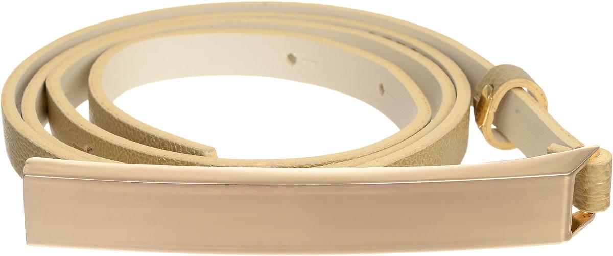 Ремень4401-24/10zСтильный ремень Vittorio Richi выполнен из высококачественной экокожи зернистой текстуры. Пряжка, выполненная из металла, позволит легко и быстро зафиксировать ремень и отрегулировать его длину. Уважаемые клиенты! Обращаем ваше внимание на тот факт, что размер ремня, доступный для заказа, является его длиной.