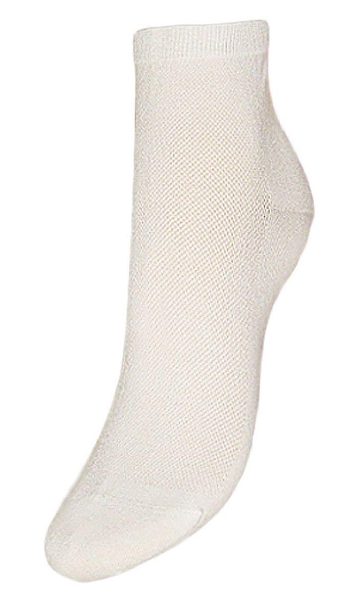 Комплект носковSCL48Женские носки Гранд выполнены из высококачественного хлопка, предназначены для повседневной носки. Носки с бесшовной технологией зашивки мыска (кеттельный шов) изготовлены по европейским стандартам из самой лучшей гребенной пряжи, хорошо держат форму и обладают повышенной воздухопроницаемостью, имеют безупречный внешний вид, усиленные пятку и мысок для повышенной износостойкости, после стирки не меняют цвет. Функция отвода влаги позволяет сохранить ноги сухими. Благодаря свойствам эластана, не теряют первоначальный вид. Носки долгое время сохраняют форму и цвет, а так же обладают антибактериальными и терморегулирующими свойствами.