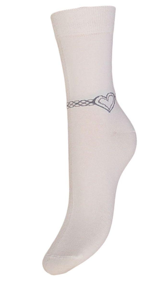 НоскиSCL53Женские носки Гранд выполнены из высококачественного хлопка, предназначены для повседневной носки. Носки с бесшовной технологией зашивки мыска (кеттельный шов), оформленные на паголенке текстурным рисунком сердечко на цепочке, изготовлены по европейским стандартам из лучшей гребенной пряжи. Они хорошо держат форму и обладают повышенной воздухопроницаемостью, имеют безупречный внешний вид, усиленные пятку и мысок для повышенной износостойкости, после стирки не меняют цвет. Благодаря свойствам эластана, не теряют первоначальный вид. Носки долгое время сохраняют форму и цвет, а так же обладают антибактериальными и терморегулирующими свойствами.