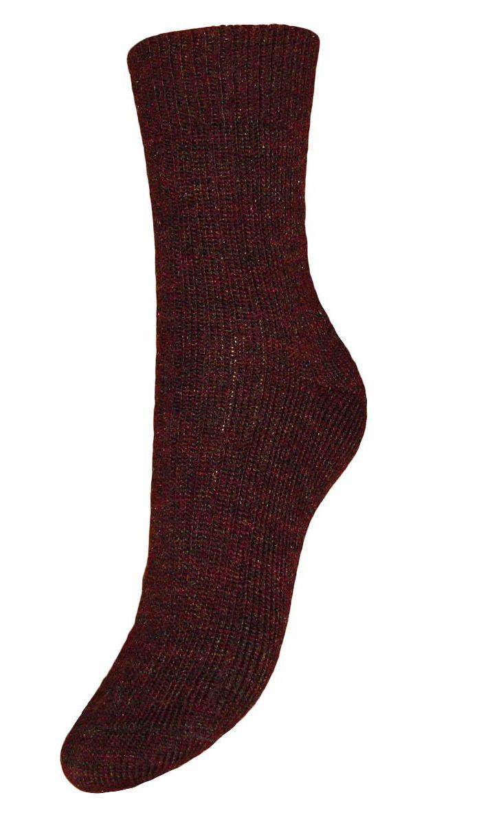 НоскиSA70Женские зимние носки Гранд выполнены из высококачественной пряжи. Носки имеют легкий шелковый блеск, усиленные пятку и мысок для повышенной износостойкости, безупречный внешний вид, после стирки не меняют цвет. Функция отвода влаги позволяет сохранить ноги сухими. Благодаря свойствам эластана, не теряют первоначальный вид. Носки произведены по европейским стандартам на современных вязальных автоматах.