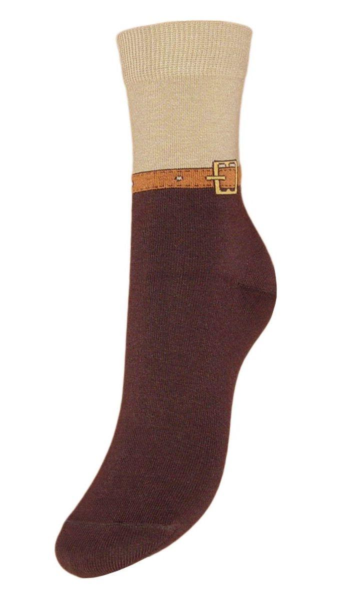 НоскиSCL59Женские носки Гранд выполнены из высококачественного хлопка, предназначены для повседневной носки. Носки, оформленные на паголенке рисунком ремешок, изготовлены по европейским стандартам из самой лучшей гребенной пряжи, имеют безупречный внешний вид, усиленные пятку и мысок для повышенной износостойкости, после стирки не меняют цвет. Функция отвода влаги позволяет сохранить ноги сухими. Благодаря свойствам эластана, не теряют первоначальный вид. Носки долгое время сохраняют форму и цвет, а так же обладают антибактериальными и терморегулирующими свойствами.