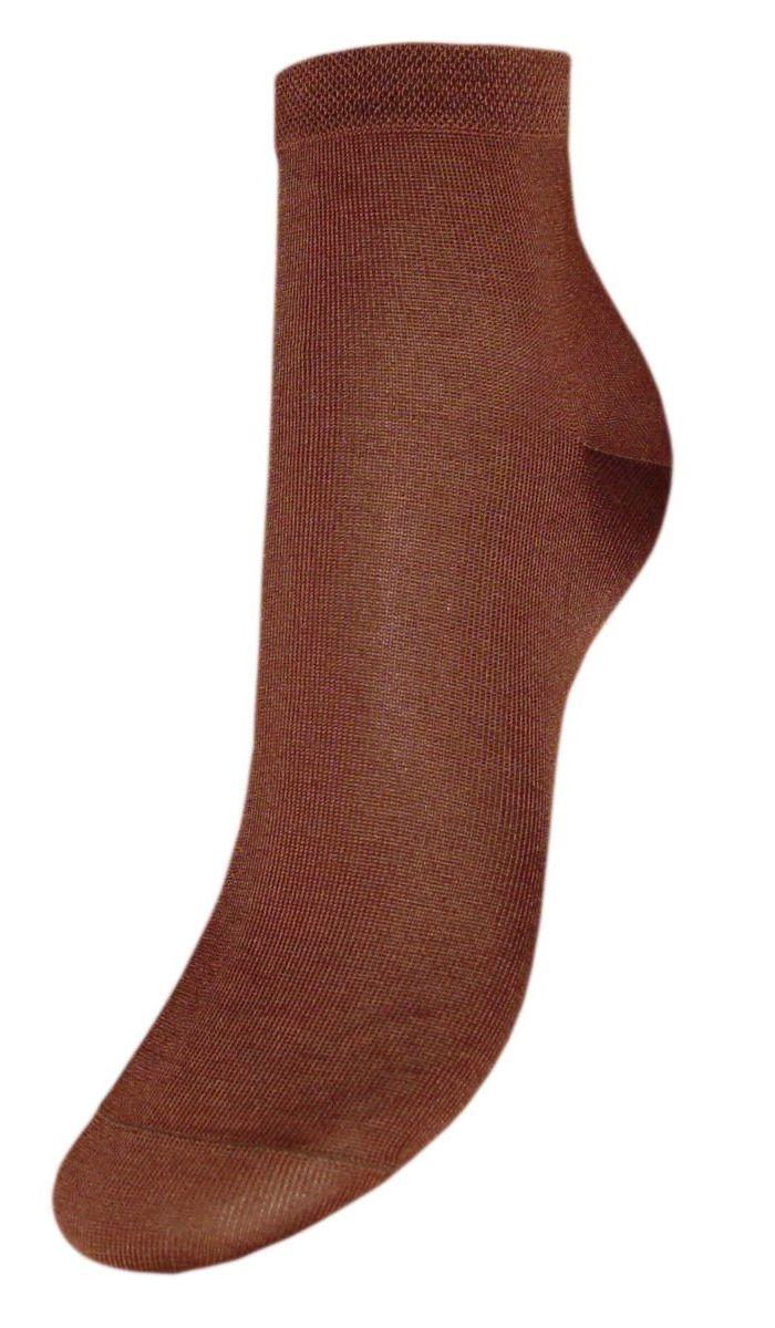 НоскиSCmr0Женские носки Гранд выполнены из мерсеризованного хлопка, для повседневной носки. Носки с бесшовной технологией зашивки мыска (кеттельный шов) изготовлены по европейским стандартам из лучшей гребенной пряжи. Они хорошо держат форму и обладают повышенной воздухопроницаемостью, имеют безупречный внешний вид, усиленные пятку и мысок для повышенной износостойкости, после стирки не меняют цвет. Носки долгое время сохраняют форму и цвет, а так же обладают антибактериальными и терморегулирующими свойствами.