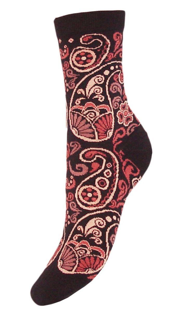SCL74Женские носки Гранд выполнены из высококачественного хлопка. Носки с бесшовной технологией зашивки мыска (кеттельный шов), оформленные оригинальным узором, хорошо держат форму и обладают повышенной воздухопроницаемостью, имеют безупречный внешний вид, усиленные пятку и мысок для повышенной износостойкости, после стирки не меняют цвет. Функция отвода влаги позволяет сохранить ноги сухими. Благодаря свойствам эластана, не теряют первоначальный вид. Носки долгое время сохраняют форму и цвет, а так же обладают антибактериальными и терморегулирующими свойствами.