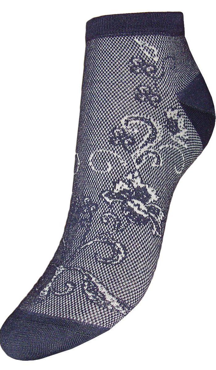 НоскиSCL85Женские укороченные носки Гранд выполнены из высококачественного хлопка. Носки с бесшовной технологией зашивки мыска (кеттельный шов) хорошо держат форму и обладают повышенной воздухопроницаемостью, после стирки не меняют цвет, имеют усиленные пятку и мысок для повышенной износостойкости. Благодаря свойствам эластана, не теряют первоначальный вид. Носки изготовлены из лучшей гребенной пряжи. Носки произведены по европейским стандартам на современных итальянских вязальных автоматах Busi Giovanni.