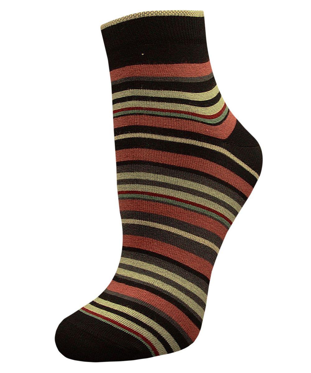 SCL66Женский носки Гранд изготовлены из высококачественного хлопка с добавлением полиамидных и эластановых волокон, которые обеспечивают великолепную посадку. Удобная резинка идеально облегает ногу и не пережимает сосуды, а укороченный паголенок придает более эстетичный вид. Мысок и пятка усилены. В комплект входят две пары носков. Модель оформлена принтом в полоску.