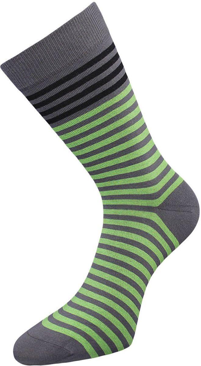 ZCL85Классические мужские носки Гранд выполнены из высококачественного хлопка, для повседневной носки. Носки имеют кеттельный шов (плоский), усиленные пятку и мысок, анатомическую резинку. Модель оформлена полосками. Носки долгое время сохраняют форму и цвет, а так же обладают антибактериальными и терморегулирующими свойствами.
