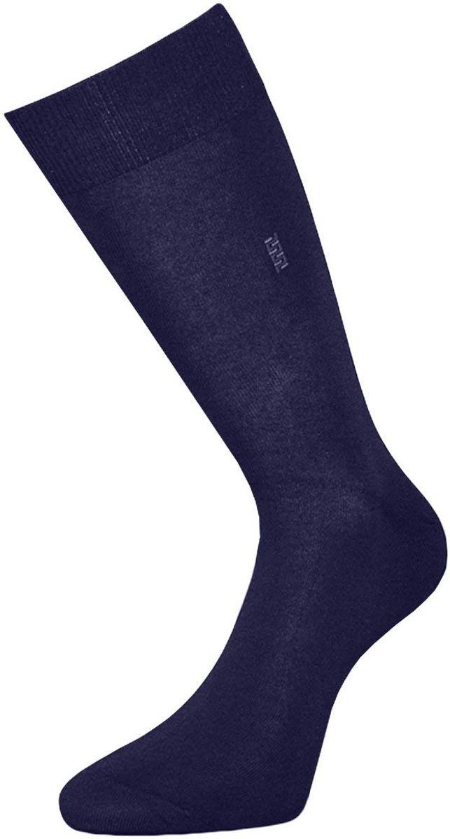 НоскиZC4Классические мужские носки Гранд выполнены из высококачественного хлопка, для повседневной носки. Носки, оформленные небольшим рисунком на паголенке, имеют кеттельный шов (плоский), усиленные пятку и мысок, анатомическую резинку. Носки долгое время сохраняют форму и цвет, а так же обладают антибактериальными и терморегулирующими свойствами.