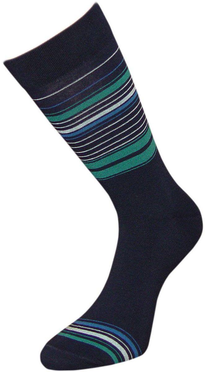 ZCL130Мужские носки Гранд премиум класса выполнены из хлопка и оформлены текстурным рисунком продольные тонкие полоски по всему носку. Основа материала - высококачественный хлопок. Носки с бесшовной технологией зашивки мыска (кеттельный шов) хорошо держат форму и обладают повышенной воздухопроницаемостью, не линяют после многочисленных стирок, имеют усиленные пятку и мысок для повышенной износостойкости, и мягкую анатомическую резинку. Носки произведены по европейским стандартам на современных вязальных автоматах.