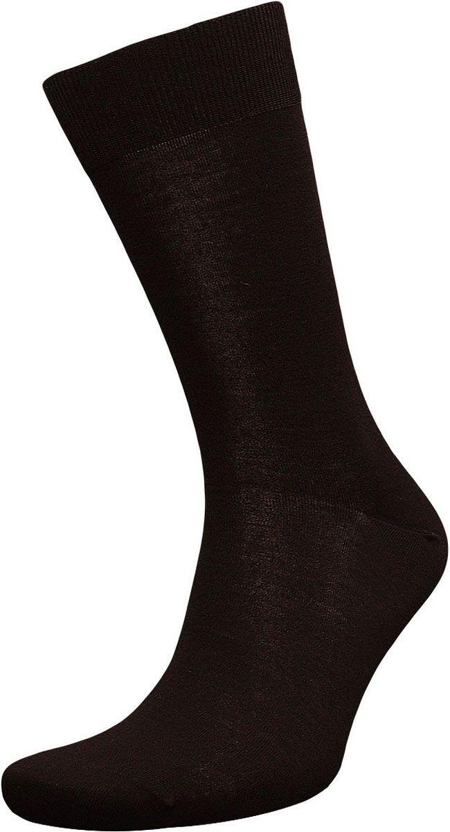 НоскиZS0Элитные мужские носки Гранд выполнены из шелка. Основа натурального материала - высококачественный шелк. Носки с бесшовной технологией (кеттельный, плоский шов) не садятся и не деформируются, не линяют после стирок, имеют оптимальную высоту паголенка, мягкую анатомическую резинку и усиленные пятку и мысок. Носки произведены по европейским стандартам на современных вязальных автоматах.
