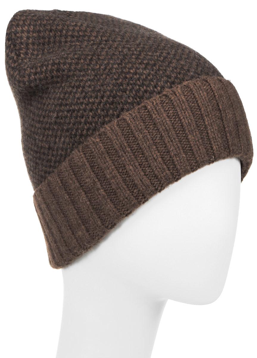 Шапка107-5661Теплая шапка Goorin Brothers изготовлена из мериносовой шерсти. Украшена модель шахматным узором, внизу имеет однотонный отворот. Дополнено изделие золотистой эмблемой с логотипом бренда. Уважаемые клиенты! Размер, доступный для заказа, является обхватом головы.