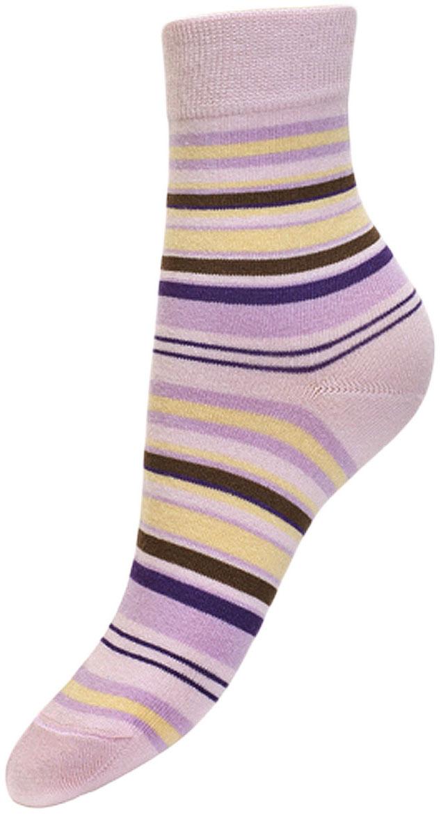 НоскиYBL2Детские носки выполнены из бамбука. Основа натурального материала – высококачественный бамбук. Носки имеют легкий шелковый блеск, - текстурный рисунок по всему носку полоски, обладают антибактериальными и теплоизолирующими свойствами, хорошо впитывают влагу, не садятся и не деформируются, не линяют после стирок. Компания Гранд использует только натуральные волокна для изготовления детских носков по всем требованиям медицинских стандартов, что не наносит вреда детской коже.