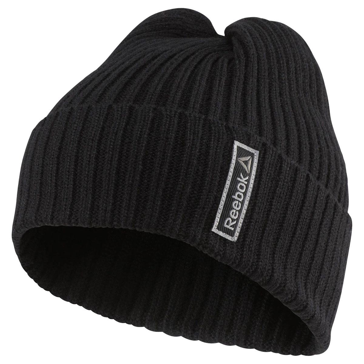 ШапкаAY0408Шапка Sport Essentials Logo - идеальный вариант для тренировок на свежем воздухе в холодную погоду. Стильные декоративные элементы и логотип Reebok позволят сделать образ интересным, плотная ткань гарантирует тепло, а низ в рубчик оптимальную посадку.