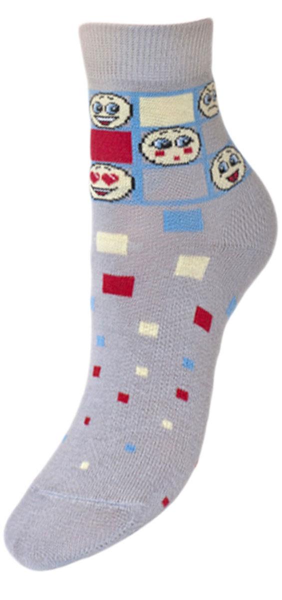 YCL47Детские носки из высококачественного хлопка: - текстурный рисунок разноцветные квадратики и смайлики; - хорошо держат форму и обладают повышенной воздухопроницаемостью; - безупречный внешний вид; - после стирки не меняют цвет; - усилены пятка и мысок Носки долгое время сохраняют форму и цвет, а так же обладают антибактериальными и терморегулирующими свойствами.