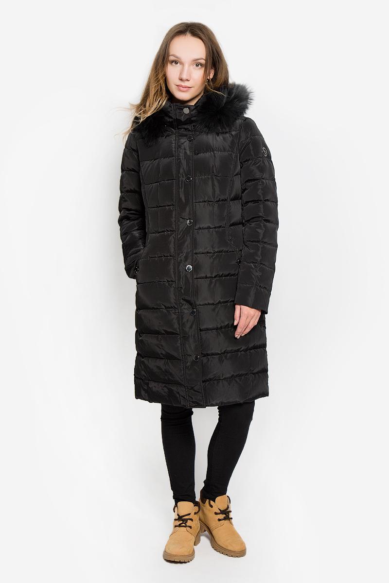W16-11012_200Стильное женское пальто Finn Flare изготовлено из высококачественного полиэстера. В качестве утеплителя используется пух с добавлением пера. Пальто с воротником-стойкой и съемным капюшоном, оформленным съемным крашеным мехом енота, застегивается на пластиковую молнию и дополнительно на ветрозащитный клапан с кнопками. Капюшон пристегивается к пальто с помощью кнопок. Спереди расположены два втачных кармана.