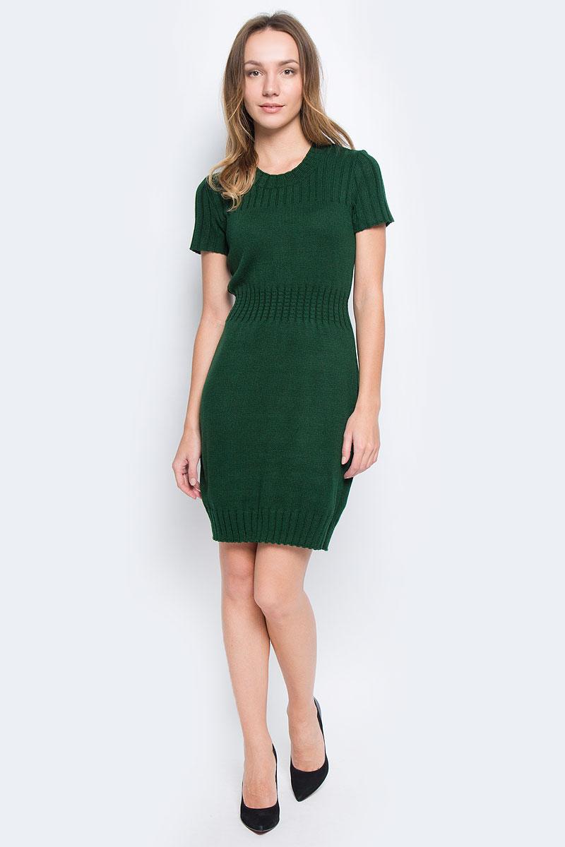 Платье1364Платье Milana Style выполнено из ПАН с добавлением шерсти. Вязаная модель средней длины с короткими рукавами имеет круглый вырез горловины. Платье дополнено широкой эластичной резинкой на талии.
