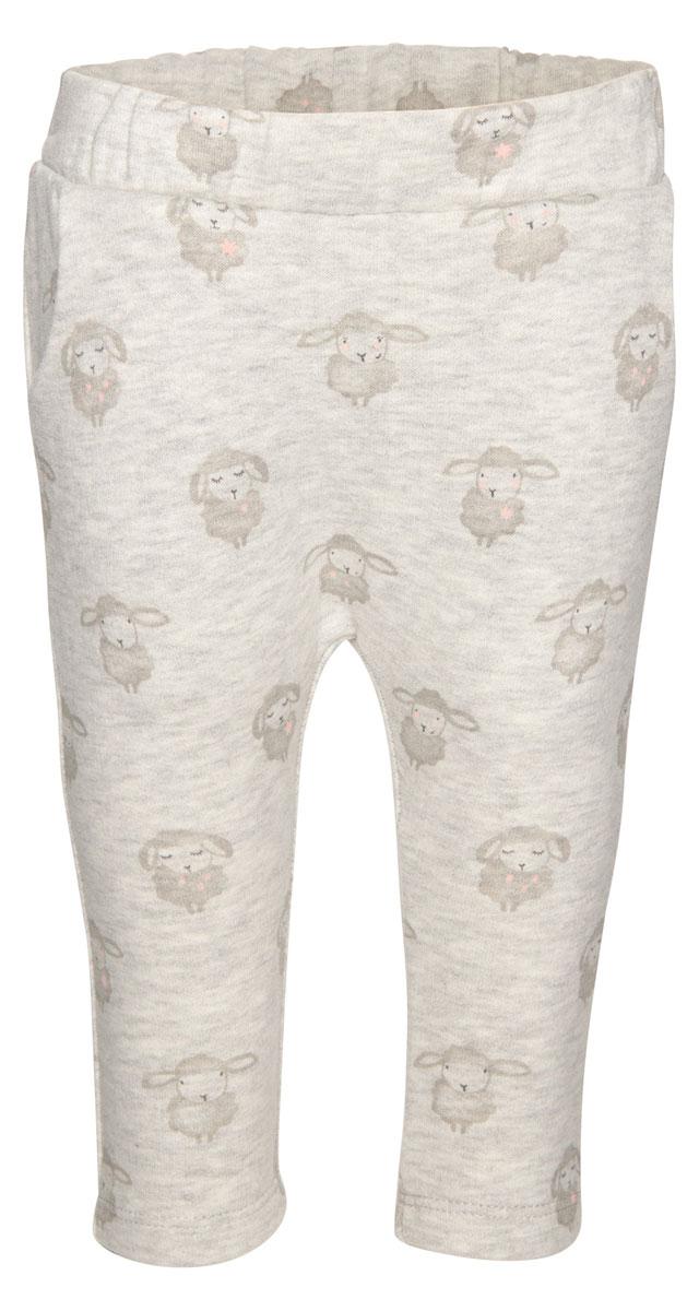 6829056.00.21_8353Детские спортивные брюки выполнены из высококачественного материала и оформлены оригинальным. Модель с эластичным поясом дополнена двумя боковыми карманами.