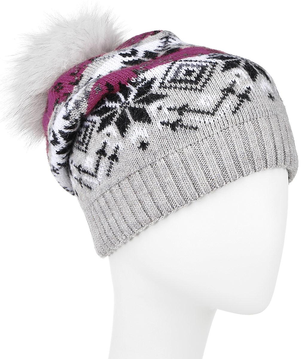 ШапкаW16-12121_211Теплая женская шапка Finn Flare, выполненная из высококачественной пряжи, отлично дополнит ваш образ в холодную погоду. Модель дополнена металлической пластиной с названием бренда и пушистым помпоном из натурального меха. По низу связана резинкой. Уважаемые клиенты! Размер, доступный для заказа, является обхватом головы.