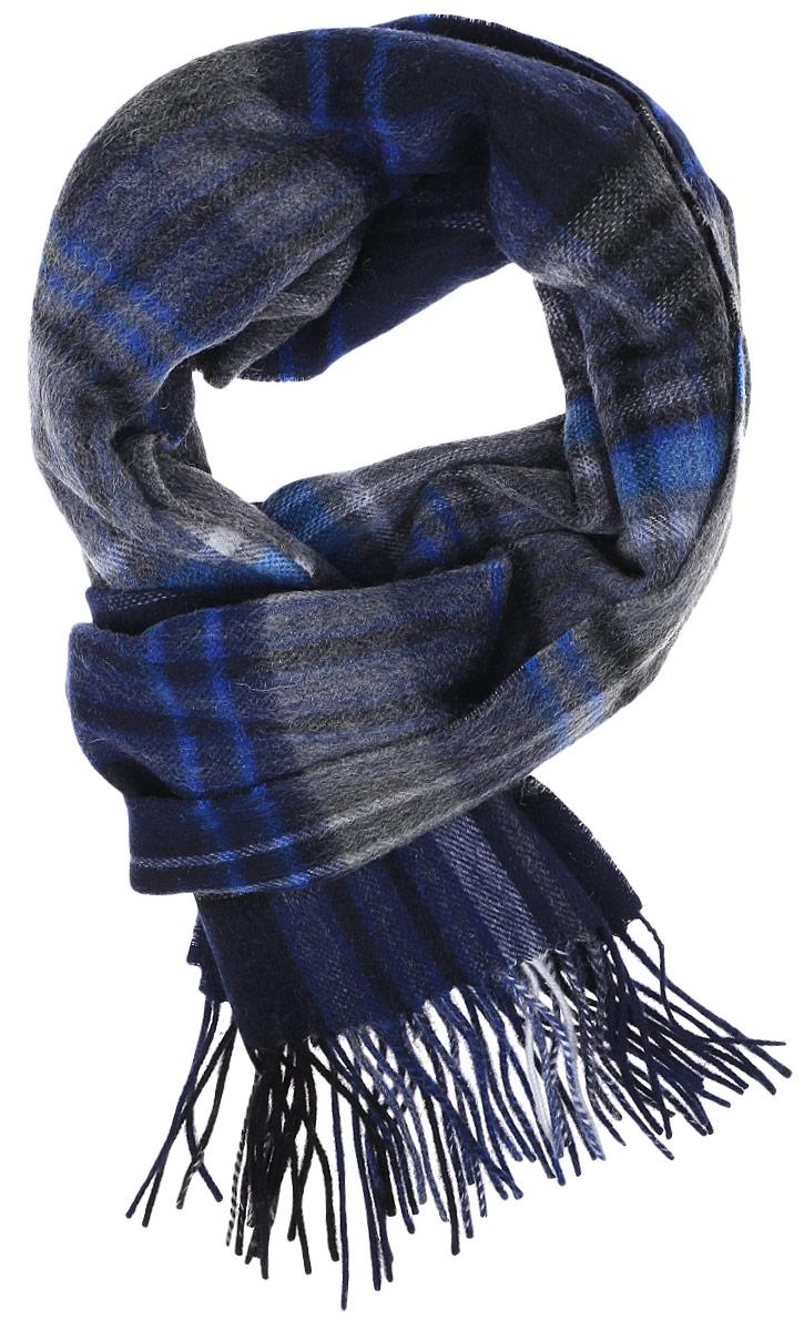 ШарфTH-21541-10Теплый мужской шарф Paccia станет достойным завершением вашего образа. Шарф изготовлен из высококачественной шерсти. Модель оформлена оригинальным принтом в клетку. По краям изделие дополнено бахромой.
