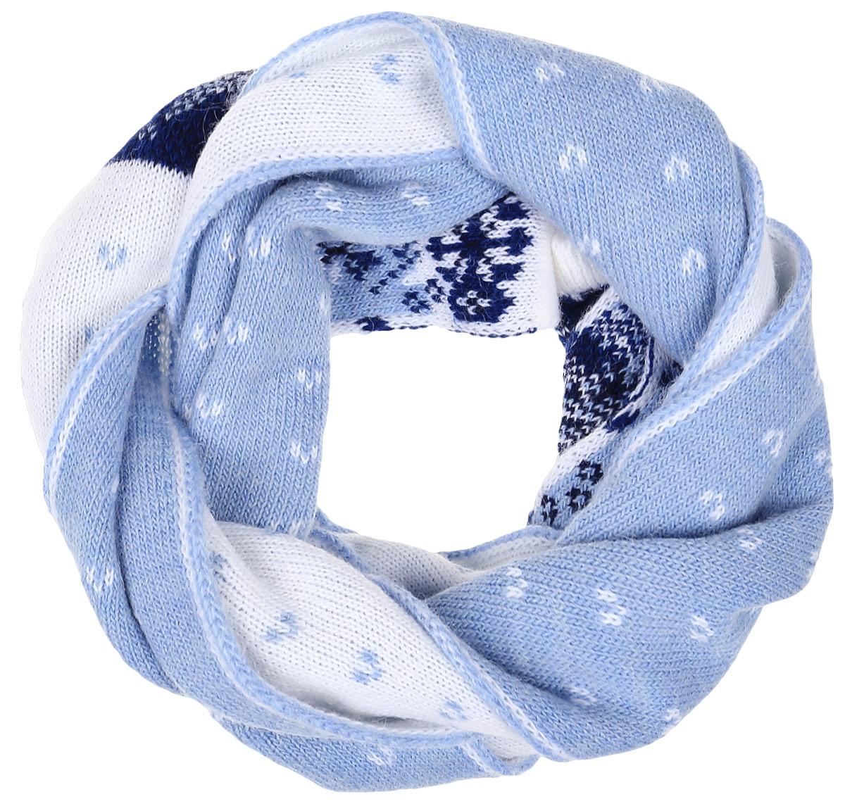 ШарфW16-12126_101Теплый женский шарф Finn Flare станет достойным завершением вашего образа. Шарф изготовлен из сочетания высококачественных материалов. Модель оформлена контрастным принтом с узорами.