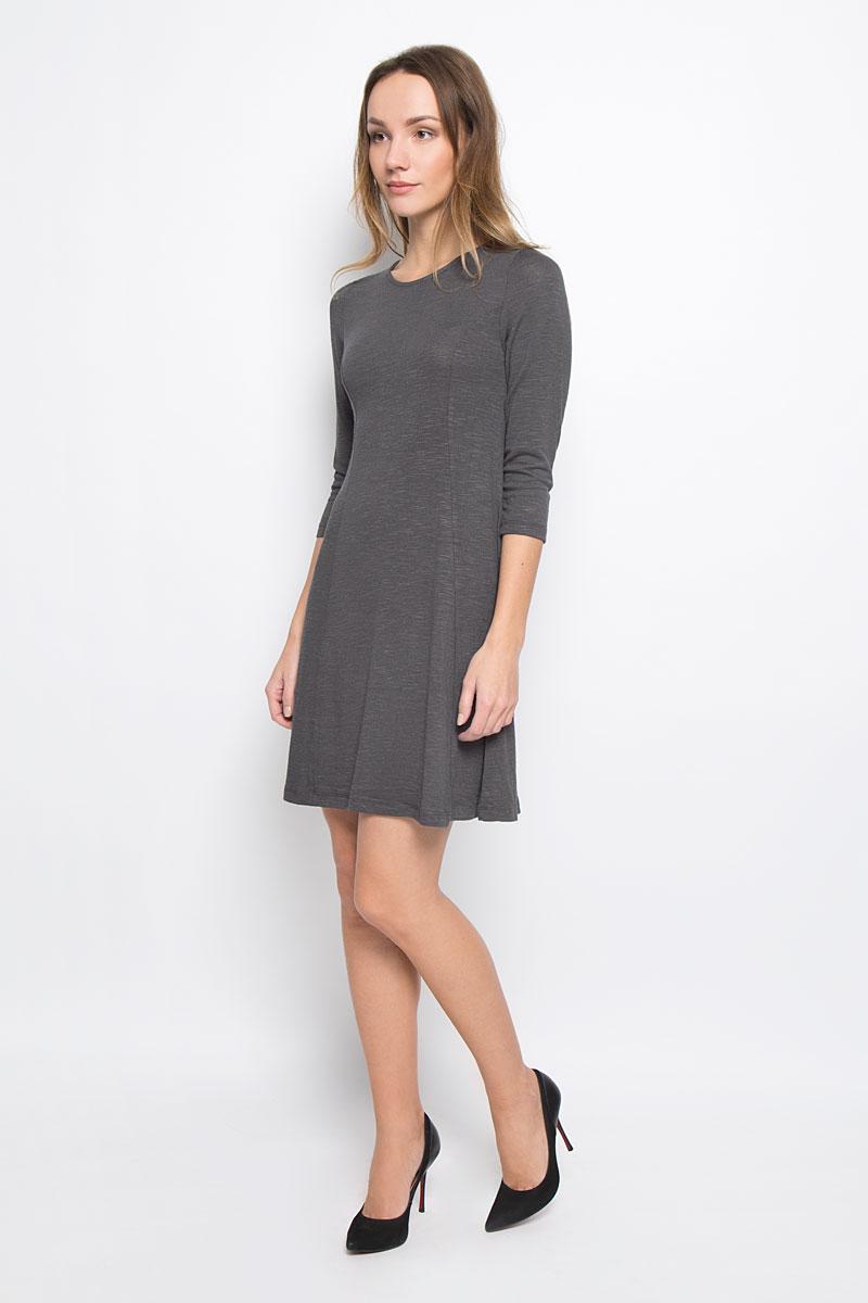 10156906_526Стильное платье Broadway Racquel выполненное из комбинированного материала отлично дополнит ваш гардероб. Модель А-силуэта с круглым вырезом горловины и рукавами 3/4.