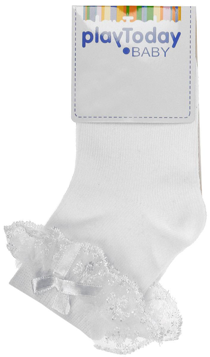 Носки468020Стильные носки для девочки M&D, изготовленные из сочетания высококачественных материалов, идеально подойдут вашей маленькой принцессе. Эластичная резинка мягко облегает ножку, не сдавливая ее. Усиленные пятка и мысок обеспечивают надежность и долговечность. На паголенке носочки оформлены гипюром и атласным бантиком.