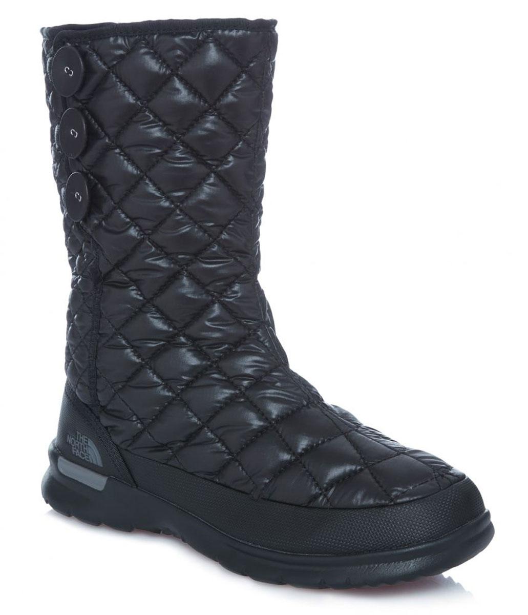 T92T5KNSXЛегкие и удобные стильные сапоги на пуговицах с регулируемым подгибом обеспечивают комфорт и великолепный внешний вид. Утеплитель Thermoball™ сохраняет тепло ног на снежной тропе, а благодаря протекторам IcePick® вы никогда не поскользнетесь на обратном пути к лагерю. Стелька OrthoLite® ReBound и регулируемая посадка с флисовой подкладкой обеспечивают максимальный комфорт.