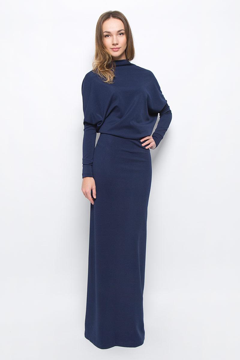 Платье0103603Элегантное платье Ruxara станет отличным дополнением к вашему гардеробу. Модель выполнена из микрофибры с добавлением спандекса. Платье-макси с воротником-качели и длинными рукавами оформлено вырезом на спинке.