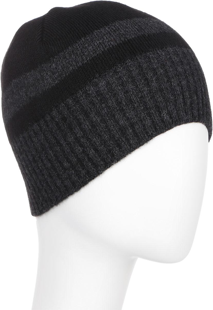 М016-22-1Стильная шапка для мальчика Concept идеально подойдет для прогулок в прохладное время года. Изготовленная из акрила с добавлением шерсти, она обладает хорошими дышащими свойствами и хорошо удерживает тепло. Понизу проходит широкая вязаная резинка. Уважаемые клиенты! Размер, доступный для заказа, является обхватом головы ребенка.