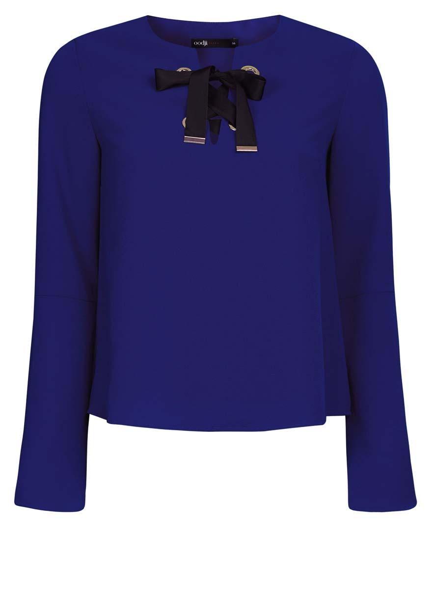 Блузка11401256/45994/3000NЖенская блузка oodji Ultra выполнена из высококачественного комбинированного материала. Модель с круглым вырезом горловины, украшенным бантом из лент и рукавами-колоколом.