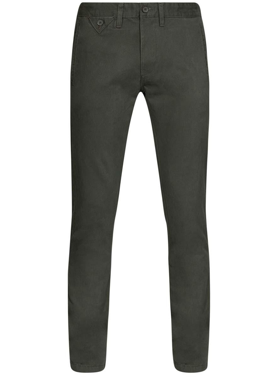 Брюки2L150083M/44479N/2500NСтильные мужские брюки oodji Lab выполнены из натурального хлопка. Модель прямого кроя и стандартной посадки застегивается на пуговицу в поясе и ширинку на застежке-молнии. Пояс имеет шлевки для ремня. Спереди изделие дополнено двумя прорезными карманами и одним маленьким прорезным кармашком на пуговице, сзади - двумя прорезными карманами на пуговицах.