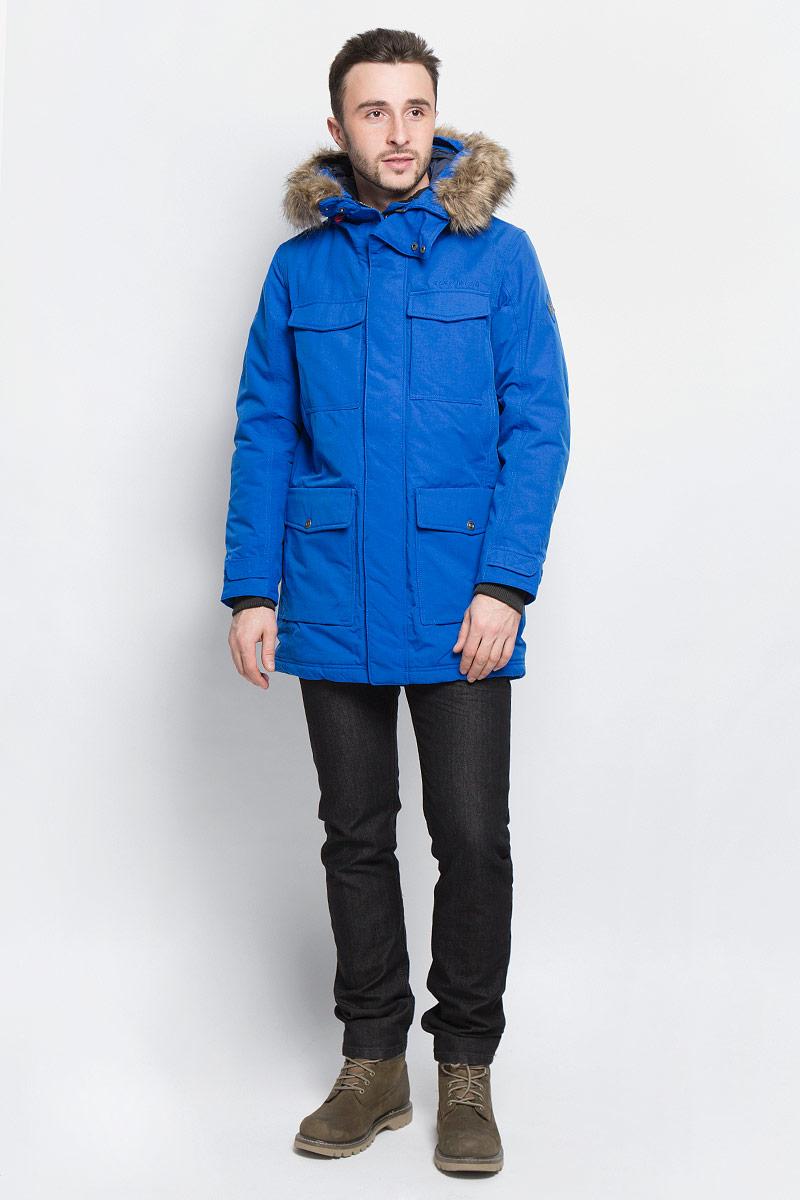 500974_039Модная мужская куртка Didriksons1913 Dana изготовлена из ветронепроницаемой дышащей ткани - высококачественного полиамида с утеплителем из 100% полиэстера. Технология Storm System обеспечивает 100% водонепроницаемость и защиту от любых погодных условий. Швы проклеены. Подкладка выполнена из полиамида. Модель с несъемным капюшоном застегивается на пластиковую молнию и дополнительно на двойной ветрозащитный клапан с кнопками. Капюшон, оформленный съемным искусственным мехом, регулируется с помощью эластичных шнурков со стопперами. Спереди изделие дополнено двумя накладными карманами, закрывающимися на клапаны с кнопками, на груди - двумя накладными карманами с клапанами на кнопках и двумя прорезными карманами с застежками-молниями, с внутренней стороны - двумя накладными карманами. Под клапанами расположены прорезной карман на застежке-молнии для плеера и отверстие для наушников. Манжеты рукавов дополнены трикотажными напульсниками с отверстиями для больших пальцев. Ширина...