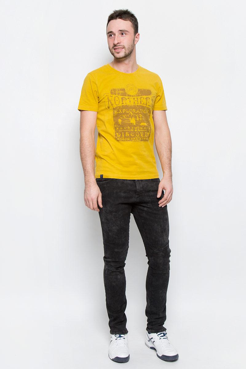 Футболка636587461LVМужская футболка Luhta Pieti выполнена из натурального хлопка. Модель с круглым вырезом горловины и короткими рукавами оформлена оригинальным принтом. Горловина дополнена трикотажной резинкой.