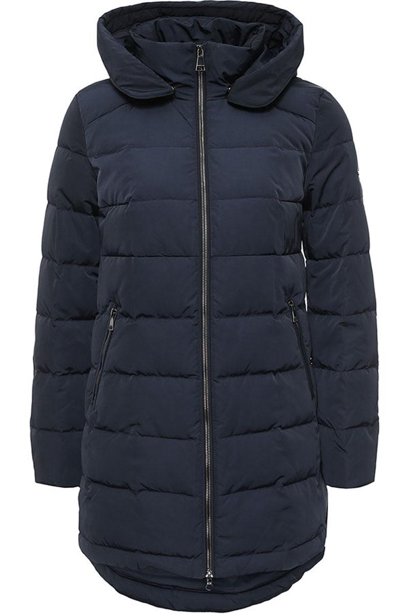 ПальтоW16-32006_101Стильное женское пальто Finn Flare изготовлено из высококачественного полиэстера. В качестве утеплителя используется пух с добавлением пера. Модель с воротником-стойкой и съемным капюшоном застегивается на застежку-молнию. Капюшон, дополненный регулирующим эластичным шнурком, пристегивается к пальто с помощью кнопок. Спереди расположены два прорезных кармана на застежках-молниях. Спинка модели немного удлинена.
