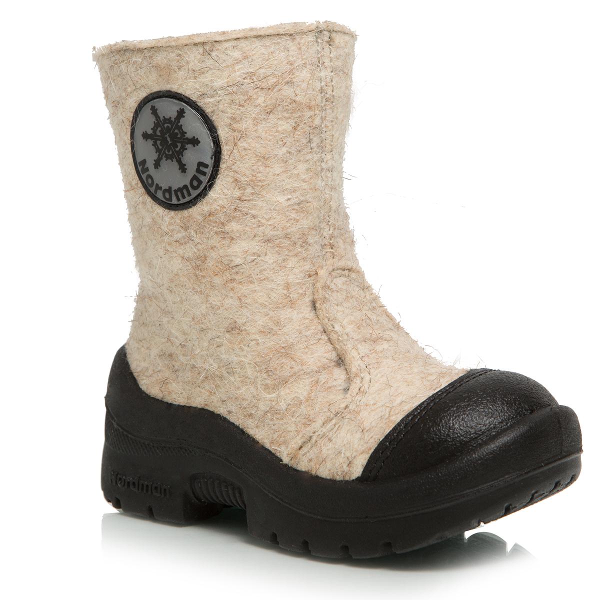 114010-01Валенки Nordman выполнены из качественного войлока. Носок дополнительно усилен вставкой из натуральной кожи. Модель оформлена светоотражающим элементом. На ноге модель фиксируется с помощью удобной застежки-молнии. Внутренняя поверхность выполнена из натуральной шерсти, которая обеспечит тепло и комфорт. Съемная стелька также выполнена из натуральной шерсти. Подошва изготовлена из полиуретана и дополнена протектором, который обеспечит отличное сцепление с любой поверхностью.