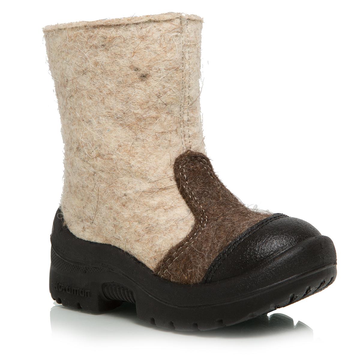 114010-03Валенки Nordman выполнены из качественного войлока. Носок дополнительно усилен вставкой из натуральной кожи. На ноге модель фиксируется с помощью удобной застежки-молнии. Внутренняя поверхность выполнена из натуральной шерсти, которая обеспечит тепло и комфорт. Съемная стелька также выполнена из натуральной шерсти. Подошва изготовлена из полиуретана и дополнена протектором, который обеспечит отличное сцепление с любой поверхностью.