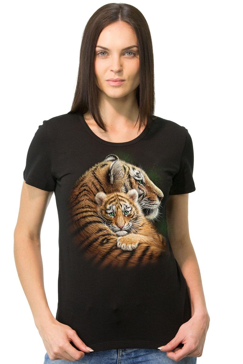 Футболка1-44Женская футболка MF Тигрица с тигренком с короткими рукавами и круглым вырезом горловины выполнена из натурального хлопка. Оформлена модель оригинальным принтом.