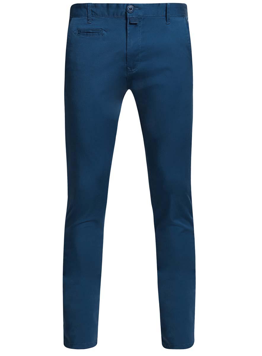 Брюки2B150006M/39139N/2900WСтильные мужские брюки oodji Basic выполнены из хлопка с добавлением полиуретана. Модель-чинос стандартной посадки застегивается на пуговицу в поясе и ширинку на застежке-молнии. Пояс имеет шлевки для ремня. Спереди брюки дополнены двумя втачными карманами и маленьким прорезным кармашком, сзади - двумя прорезными карманами на пуговицах.