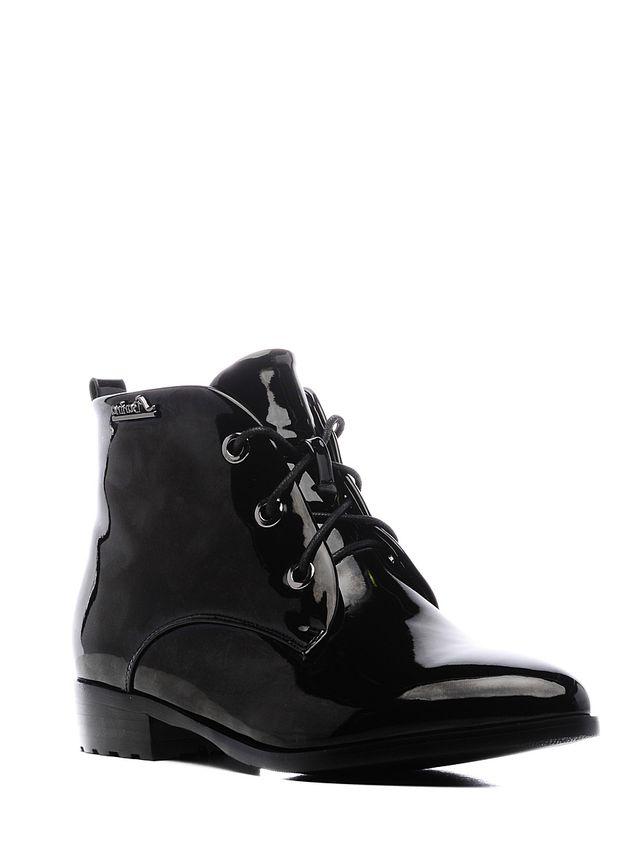 Ботинки16453Z-1-1FСтильные женские ботинки Daze выполнены из искусственной кожи. Удобная шнуровка надежно фиксирует модель на ноге. Такие ботинки отлично подойдут для тех, кто хочет подчеркнуть свою индивидуальность.