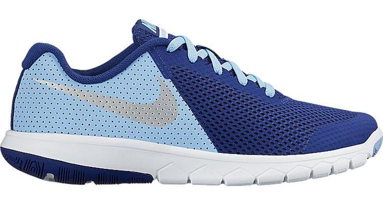 Кроссовки844991-400Стильные детские кроссовки Flex Experience 5 от Nike выполнены из дышащего сетчатого материала и натуральной кожи, оформленной перфорацией, и дополнены бесшовными накладками. Внутренняя поверхность и стелька из текстиля комфортны при движении. Шнуровка надежно зафиксирует модель на ноге. Промежуточная подошва обеспечивает дополнительную амортизацию. Подошва с особым протектором гарантирует надежное сцепление с твердой поверхностью.