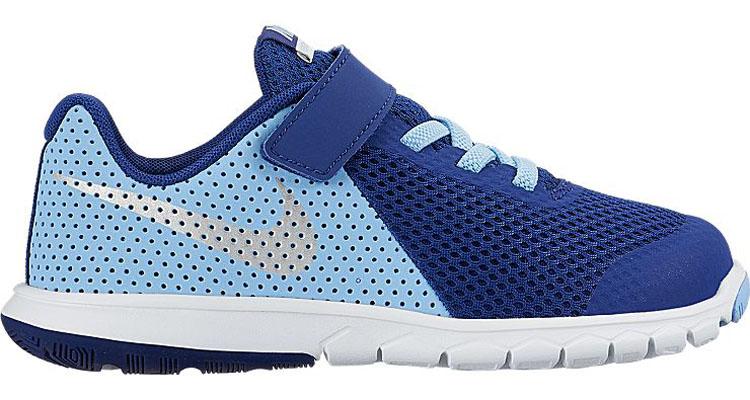 844992-400Стильные детские кроссовки Flex Experience 5 от Nike выполнены из дышащего сетчатого материала и натуральной кожи, оформленной перфорацией, и дополнены бесшовными накладками. Внутренняя поверхность и стелька из текстиля комфортны при движении. Эластичная шнуровка и ремешок с застежкой-липучкой надежно зафиксирует модель на ноге. Промежуточная подошва обеспечивает дополнительную амортизацию. Шестигранные эластичные желобки на подошве обеспечивают максимально естественные движения.