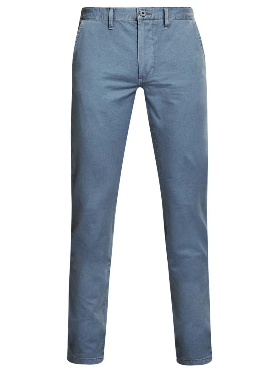 Брюки2B150007M/39138N/7800WМужские брюки oodji Basic выполнены из натурального хлопка. Модель застегивается на пуговицу в поясе и ширинку на молнии. Имеются шлевки для ремня. Спереди расположены два втачных кармана и прорезной кармашек, сзади - два прорезных кармана на пуговицах.