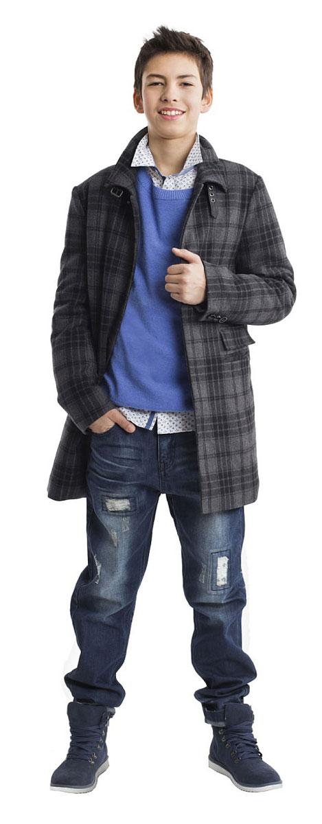 Пальто21611BTC4501Пальто - олицетворение элегантности и шика! Для любителей спортивного стиля, пальто не является предметом первой необходимости, но для истинных джентльменов пальто в клетку - основной акцент осеннего гардероба. Красивая форма, прекрасная ткань со значительным содержанием шерсти - пальто выглядит строго и изысканно! Купить пальто для мальчика-подростка, значит, сделать его повседневный образ стильным и элегантным.