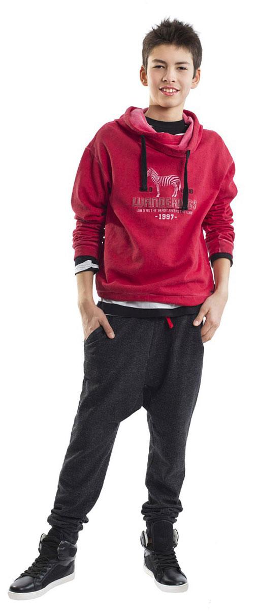 Брюки21612BTC5601Модные брюки для подростков должны быть с изюминкой! Оригинальная конструкция модели с заниженной линией слонки наверняка понравится стильному юноше, идущему в ногу со временем! Меланжевый трикотаж обеспечит практичность и комфорт. Словом, эти классные брюки - лучшее решение для отдыха и прогулок!