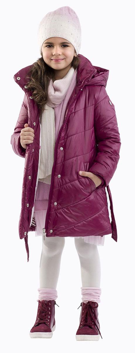 Пальто21601GMC4601Детские пуховики - незаменимые изделия для холодной зимы, но это не единственная возможность одеть ребенка тепло и уютно! Мягкий легкий воздушный синтепон согреет малыша промозглой осенью ничуть не хуже натурального пуха, при этом не создаст никаких неудобств при частой стирке. Купить полупальто на синтепоне, значит, сделать каждый день ребенка комфортным.