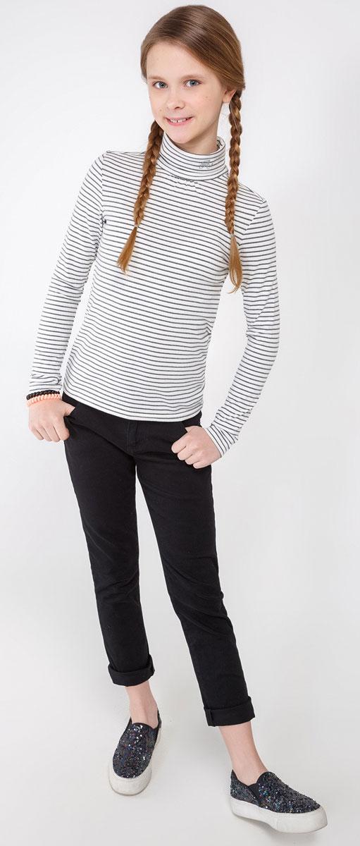 20210100039_4400Водолазка для девочки Acoola Leirvic_ind изготовлена из высококачественного материала и оформлена на воротничке логотипом бренда. Высокий воротник надежно защищает от ветра. Базовая модель позволяет создавать стильные образы.